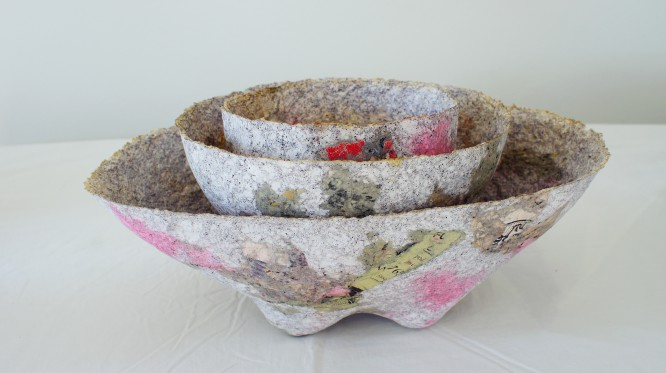 pink oval bowls
